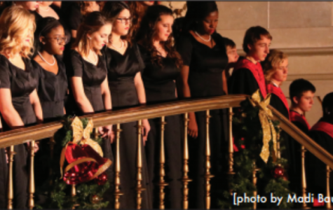 Holiday sprit in the Capitol rotunda